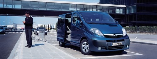 OPEL VIVARO 2.0 TURBO DIESEL MINI BUS 9 SEATS
