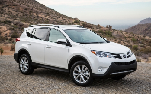 TOYOTA RAV4 DIESEL GRAND JEEP